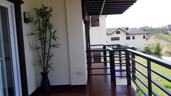 2nd-floor-balcony