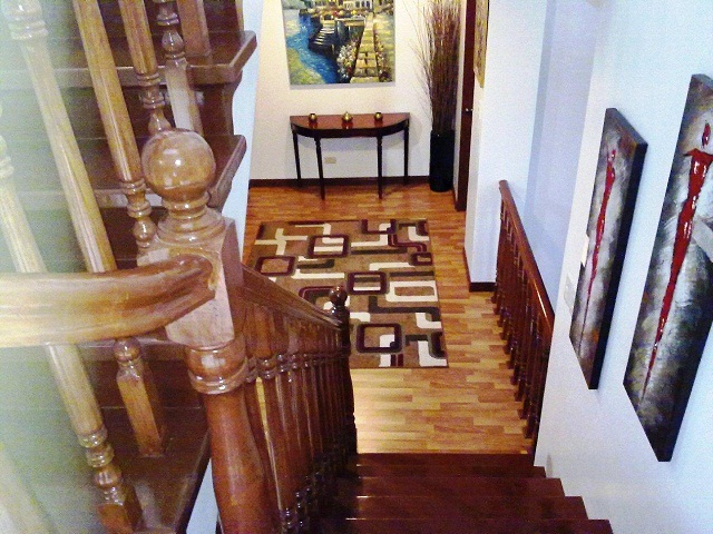view-leading-down-to-1st-floor-landing-from-stairs