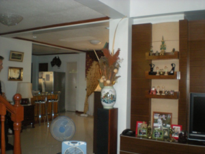 bar-dining-area