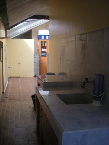 dirty-kitchen