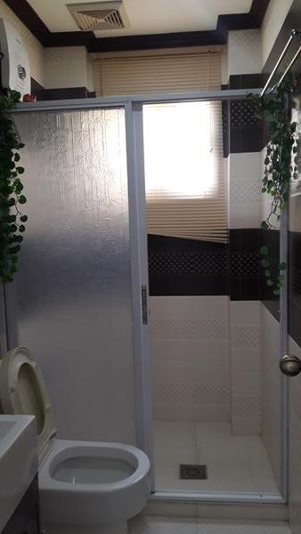 ground-floor-toilet-and-bath