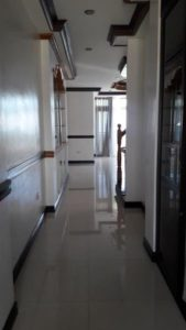 hallway-to-living