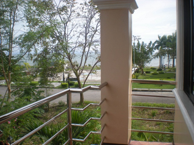 sea-view-from-balcony