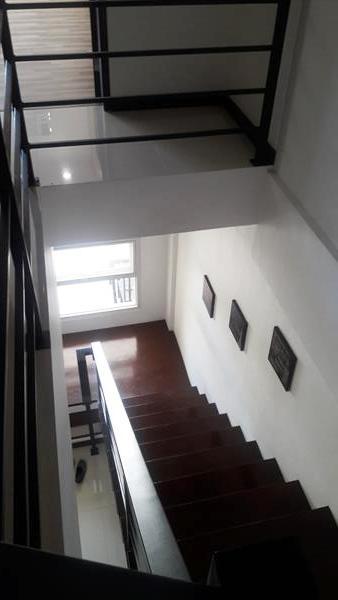 stairway-down