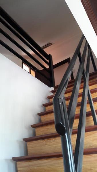 stairway-to-attic