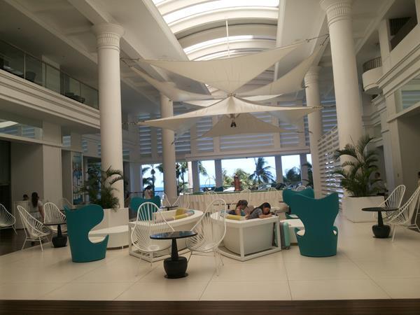 movenpick-lobby