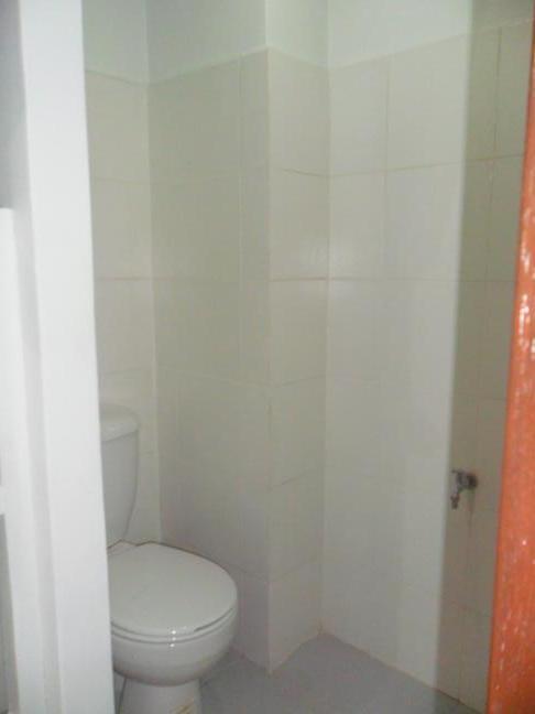maids-toilet